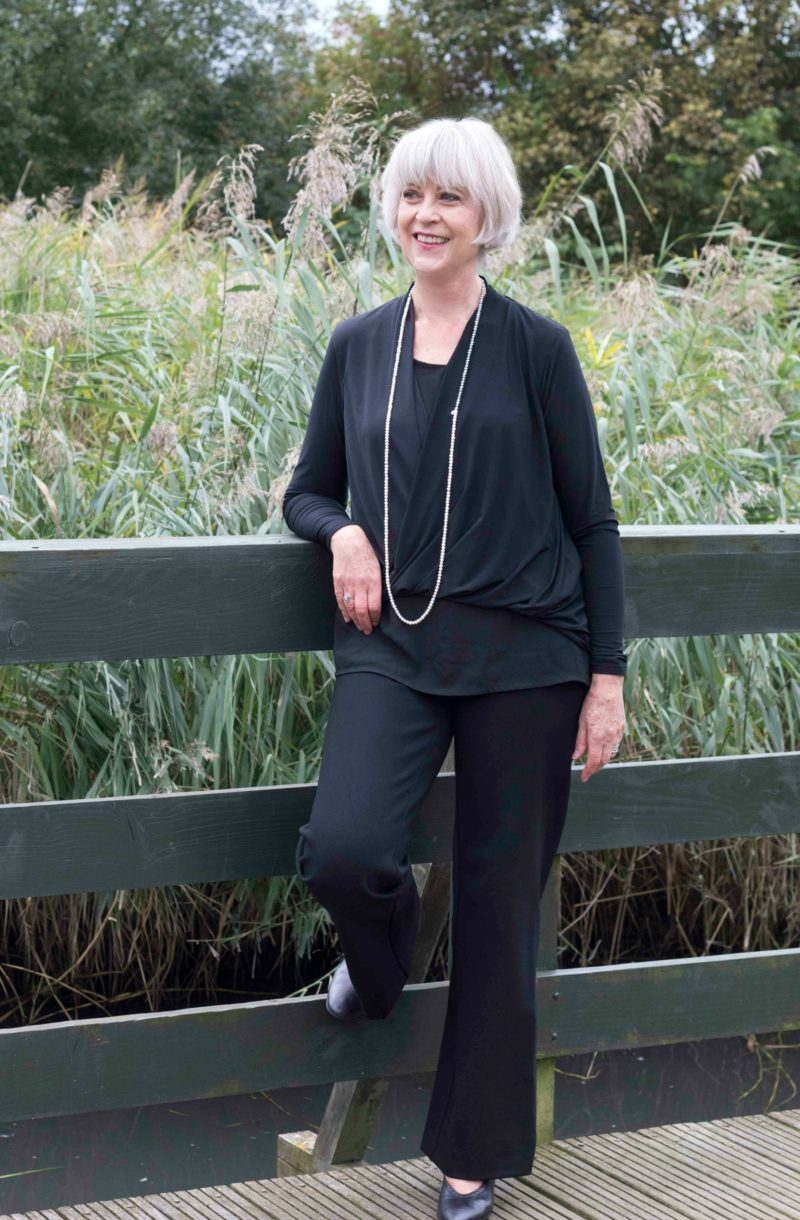 black-trousers-top-with-pearls