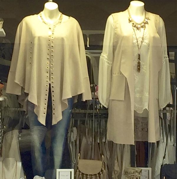 cape and sleeveless jacket St. Tropez
