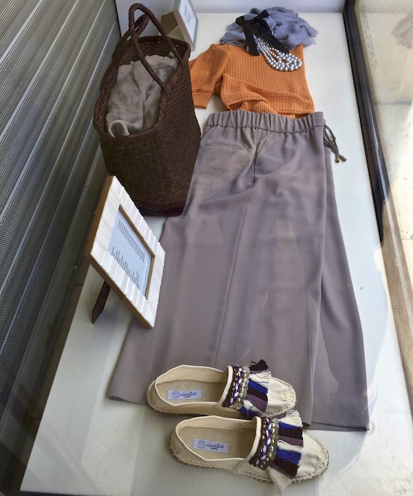 wide trouser outfit in St. Tropez shop