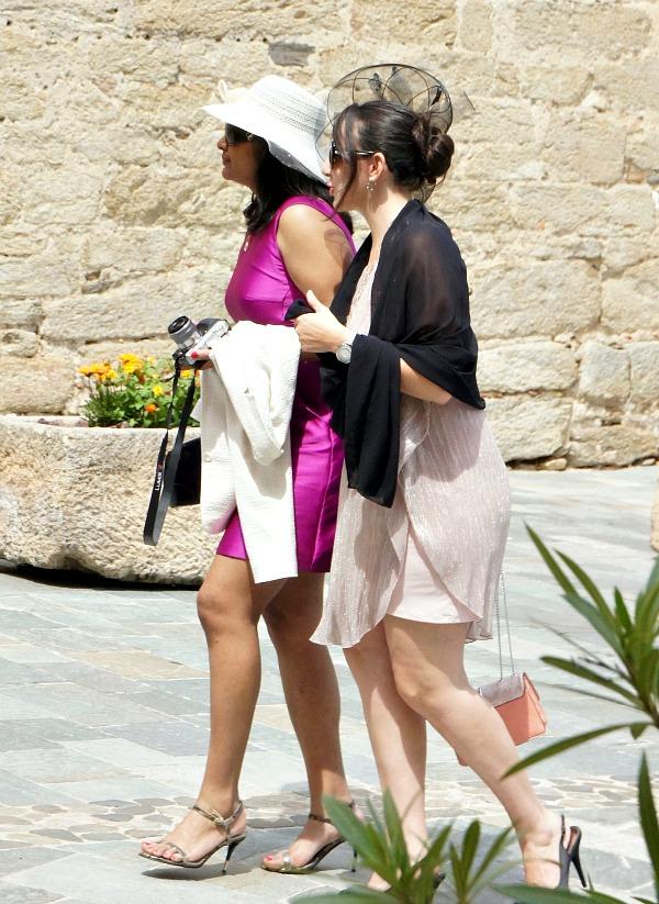 Grimaud wedding - hats