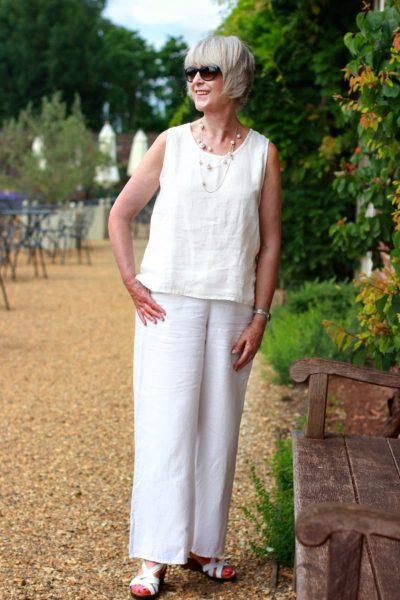 How to wear cool summer linen