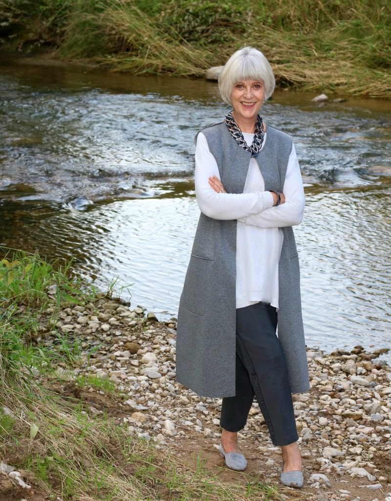 grey-sleeveless-coat-sweater