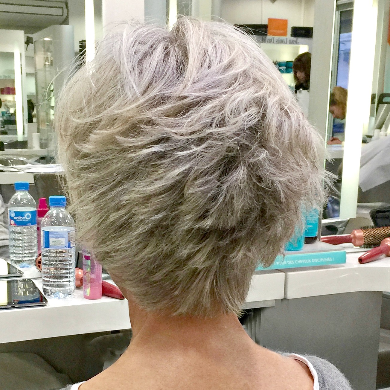 How to manage grey hair
