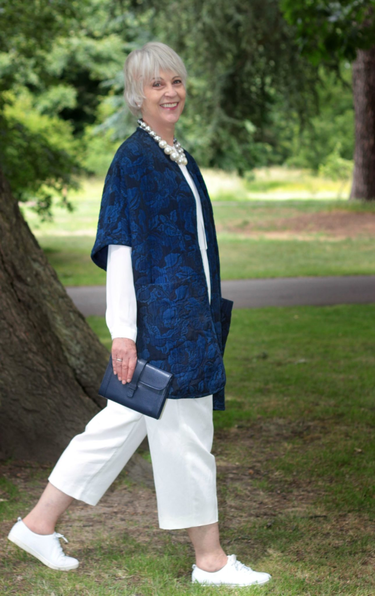 Navy kimono coat, cream wide trousers and top