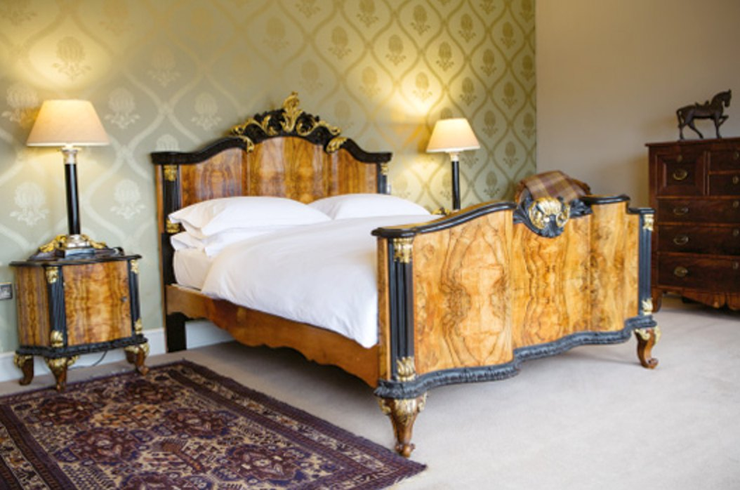 Bedroom at Grays Court Hotel