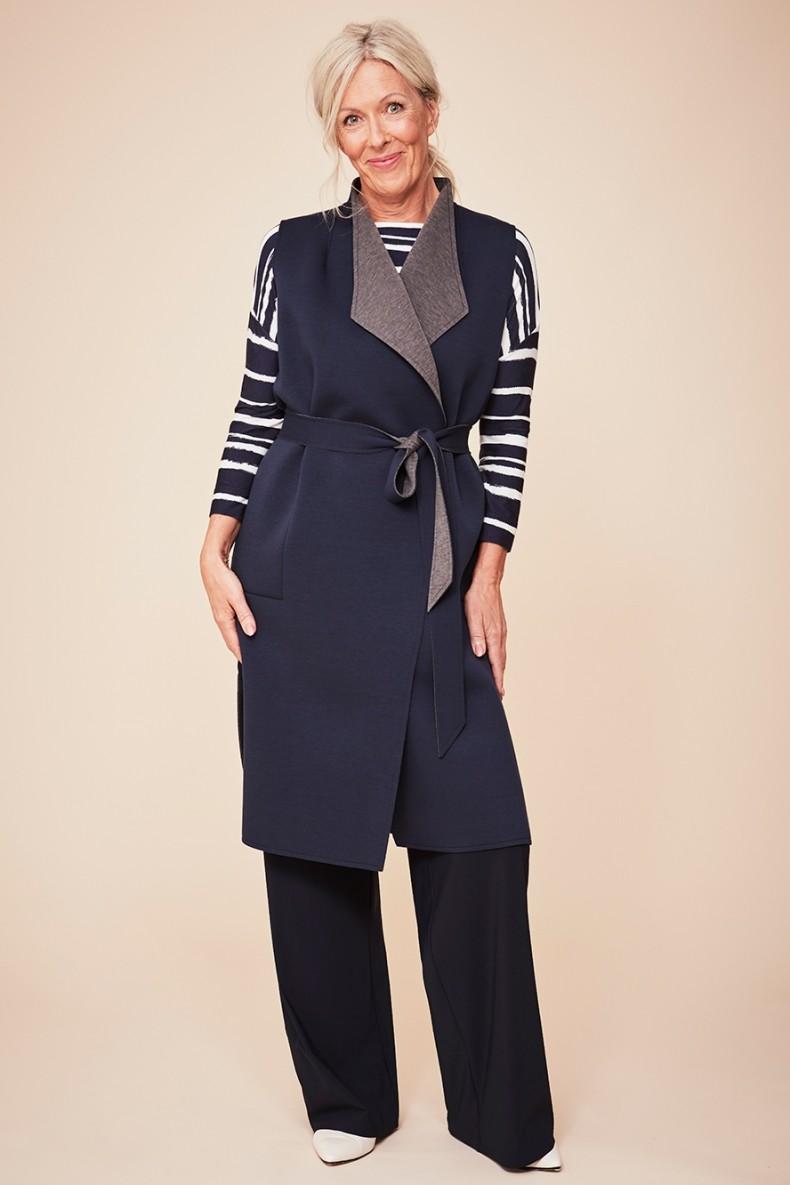 Reversible wool waistcoat