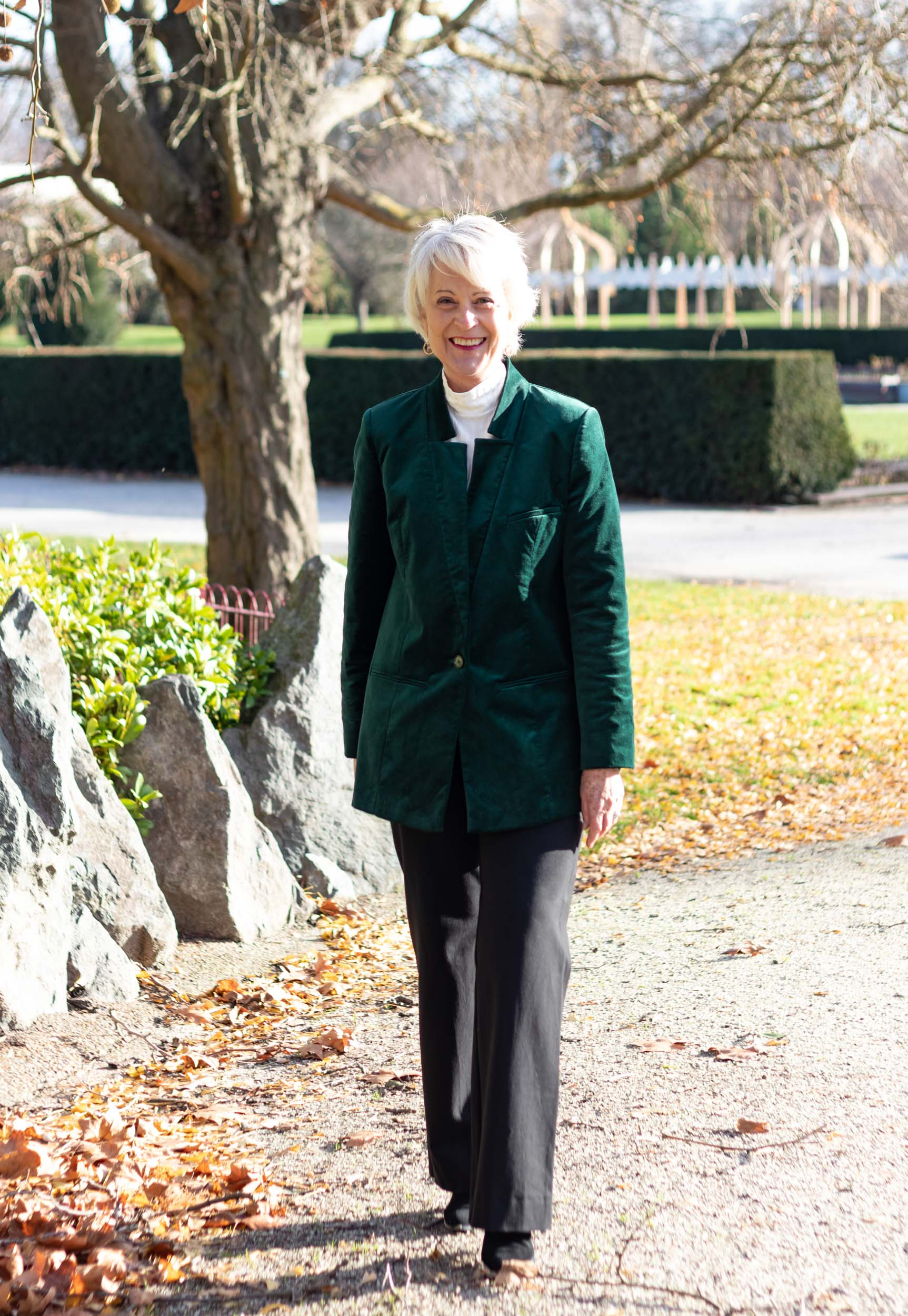 Velvet Jackets Look So Rich And Elegant Chic At Any Age