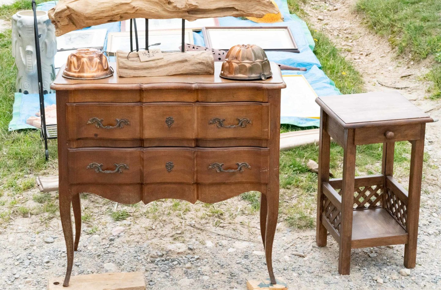 chest of draws in the brocante
