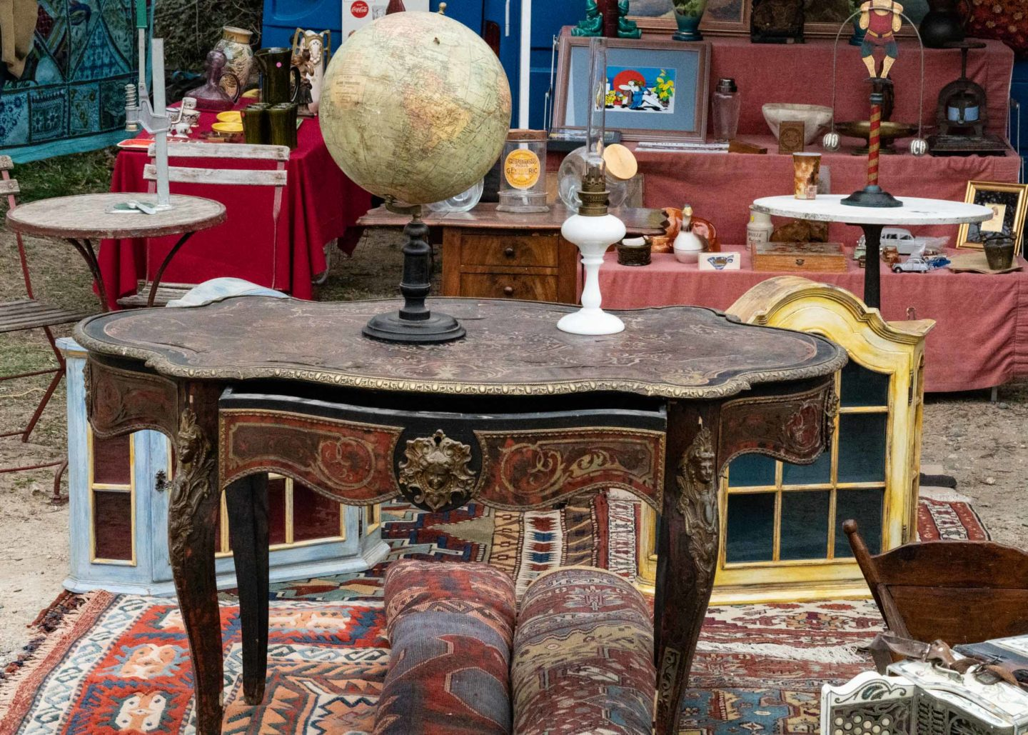 table at the brocante