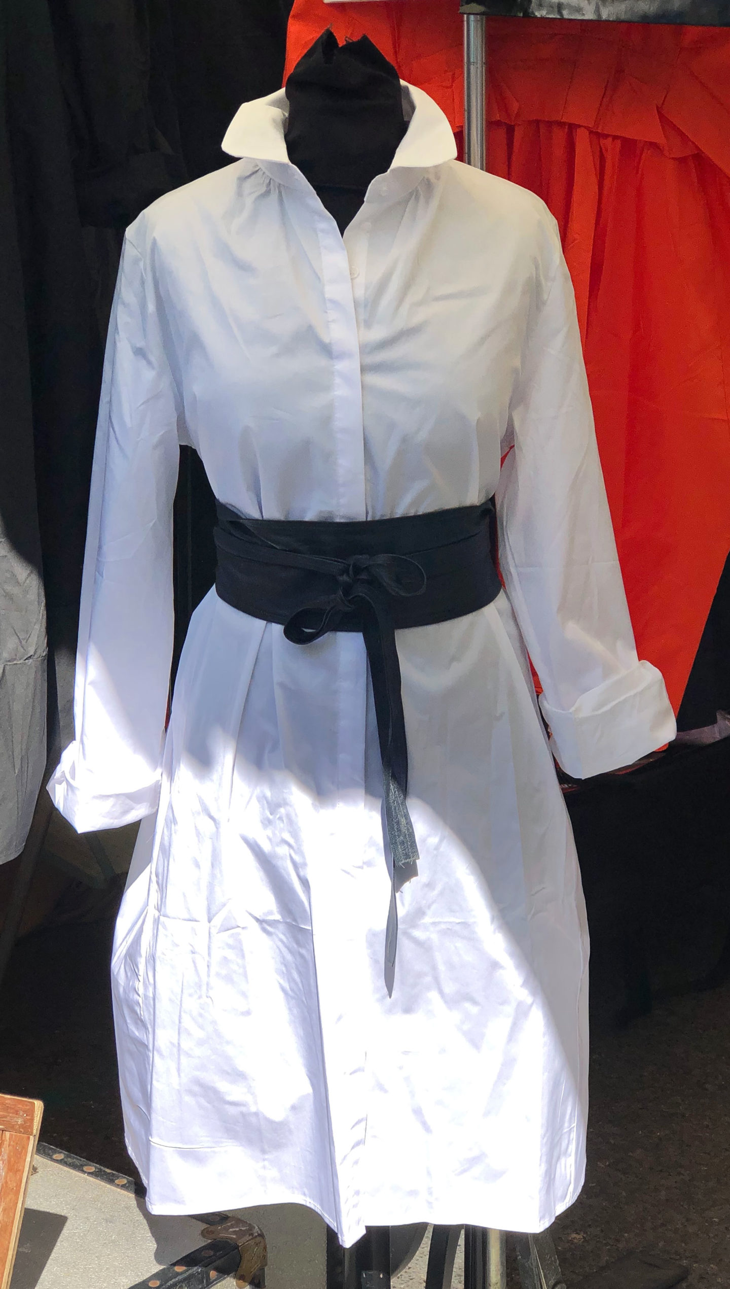 White tunic shirt & belt