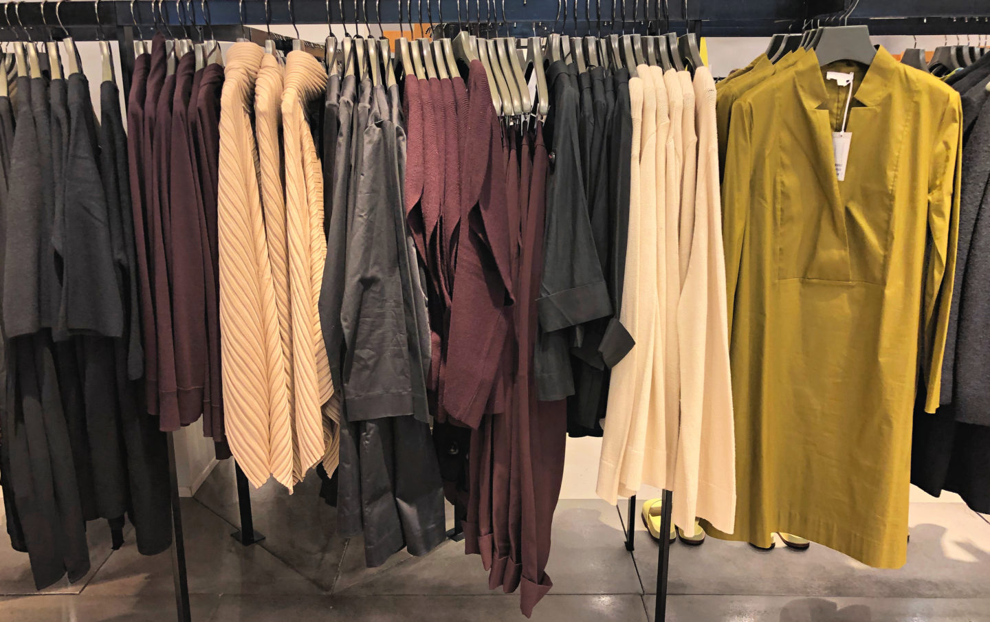 Cos autumn/winter colour palette