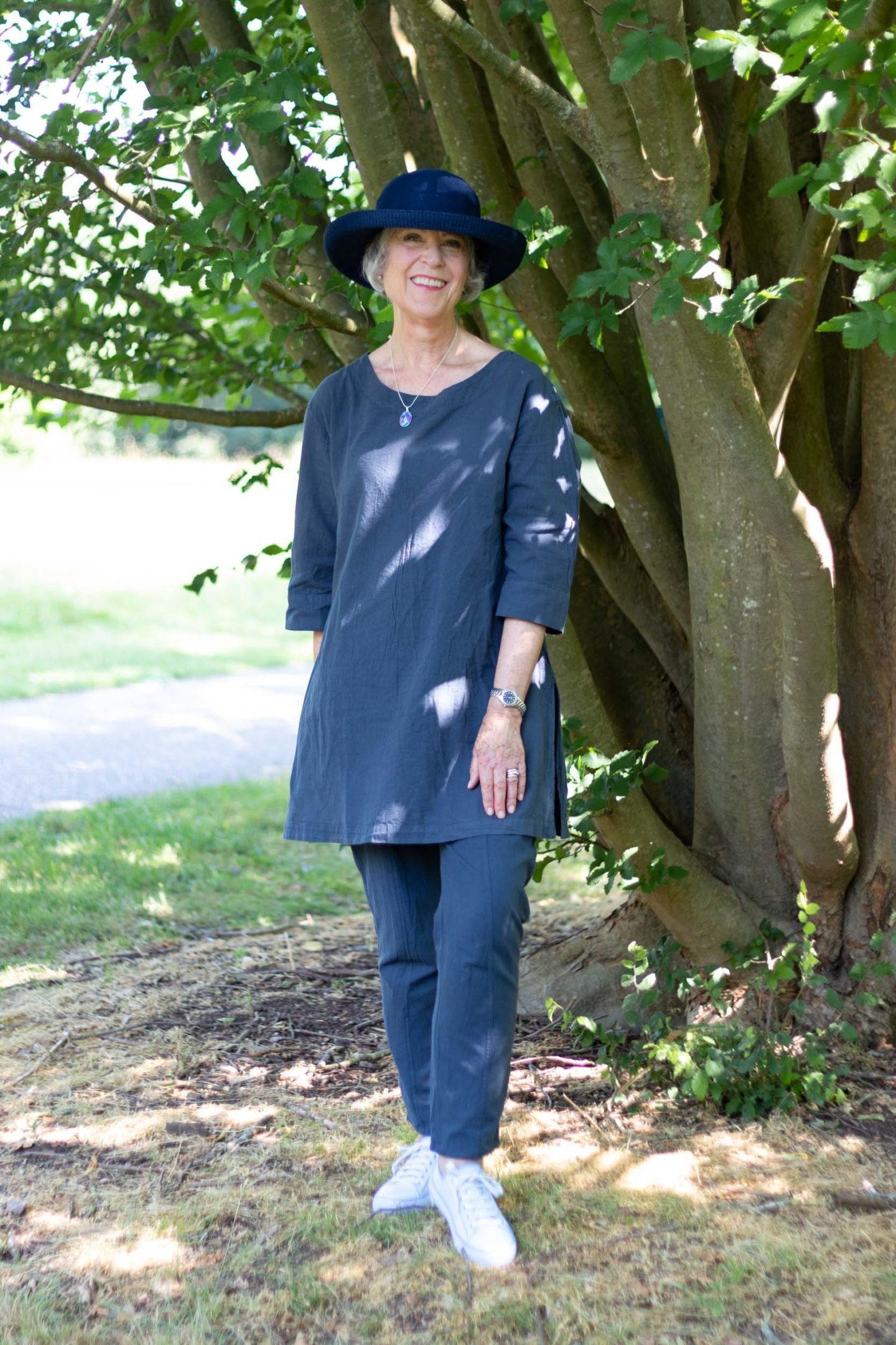 Cool cotton tunic and trousers
