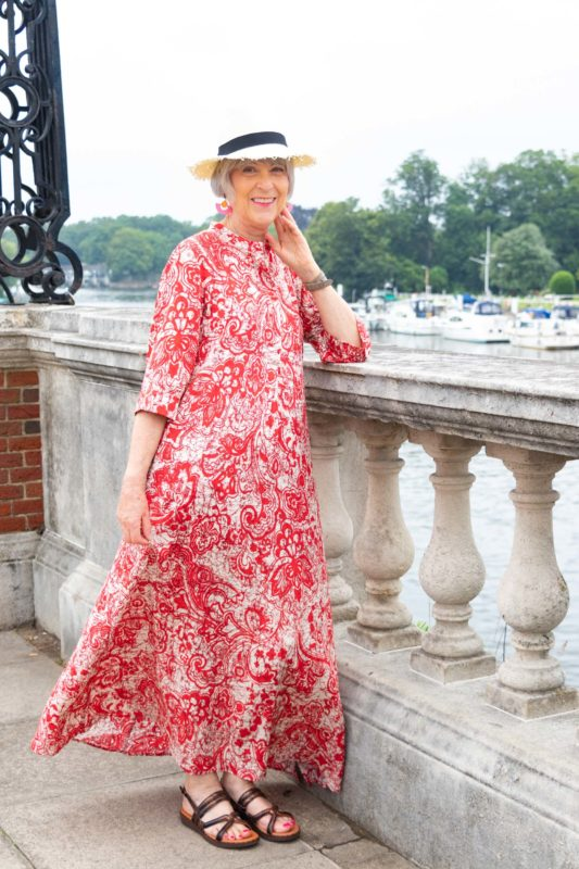 How to adapt a kaftan for everyday