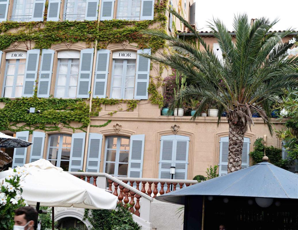 Dior Cafe St.Tropez market